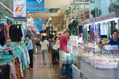 Mercado de Ben Thanh, Saigon, Vietnam Fotos de archivo