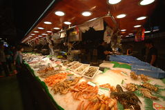 Mercado de Boqueria do La em Barcelona Fotos de Stock Royalty Free