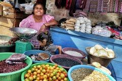 Mercado de calle Guatemala fotos de archivo libres de regalías