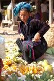 Mercado de cinco dias, lago Inle Imagens de Stock