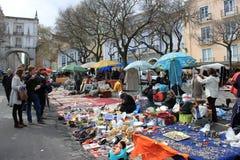 Mercado de Feira a Dinamarca Ladra em Lisboa, Portugal Imagem de Stock Royalty Free