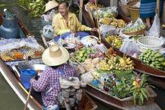 Mercado de flutuação de Noen Saduak - Tailândia Fotografia de Stock