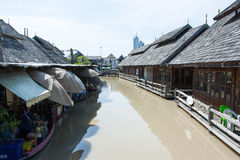 Mercado de flutuação, Pattaya, Tailândia Fotografia de Stock Royalty Free