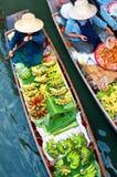 Mercado de flutuação tradicional, Tailândia. Foto de Stock Royalty Free