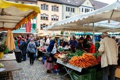 Mercado de Friburgo, Alemania Foto de archivo libre de regalías