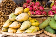 Mercado de fruta asiático Fotos de Stock Royalty Free