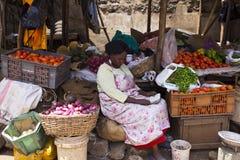 Mercado de fruto em Kenya fotos de stock