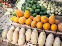 Mercado de fruto em Ásia Fotografia de Stock Royalty Free