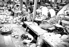 Mercado de IMA em imphal manipur india imagem de stock royalty free