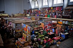 Mercado de la ciudad en Nairobi, Kenia fotos de archivo libres de regalías