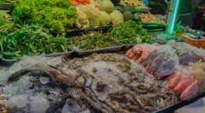 Mercado de la comida de la calle en la ciudad de China, Bangkok Fotos de archivo libres de regalías