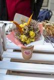 Mercado de la flor de Kiev - la primera flor de la ciudad justa en Kiev, Ucrania 18 de septiembre de 2016 Imagenes de archivo