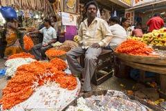 Mercado de la flor del KR, Bangalore, la India imagen de archivo libre de regalías