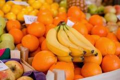 Mercado de la fruta fresca Fotografía de archivo