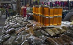 Mercado de la miel y de las hierbas Imagenes de archivo