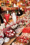 Mercado de la Navidad de las decoraciones de la Navidad Imagen de archivo