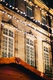 Mercado de la Navidad del edificio de Estrasburgo Imágenes de archivo libres de regalías