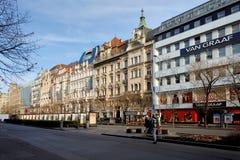 Mercado de la Navidad del tiempo del advenimiento en el cuadrado de Wenceslao, Praga Imagen de archivo