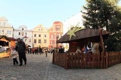 Mercado de la Navidad en Cesky Krumlov fotografía de archivo libre de regalías