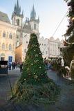 Mercado de la Navidad en la vieja plaza en Praga Fotografía de archivo