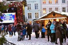 Mercado de la Navidad en Tallinn Imagen de archivo libre de regalías