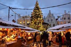 Mercado de la Navidad en Tallinn Foto de archivo libre de regalías