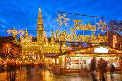 Mercado de la Navidad en Viena Imágenes de archivo libres de regalías