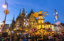 Mercado de la Navidad en Wroclaw, Polonia fotografía de archivo