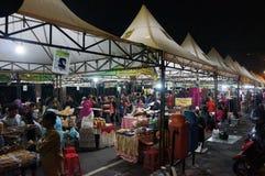 Mercado de la noche imagenes de archivo