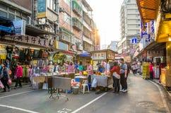 Mercado de la noche de la calle de Raohe, Taipei Taiwán fotos de archivo