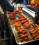 Mercado de la noche de la comida de la calle en TAILANDIA fotografía de archivo
