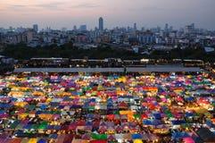 Mercado de la noche en Bangkok Tailandia Fotografía de archivo libre de regalías