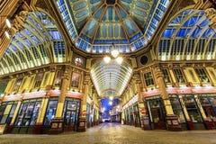 Mercado de Leadenhall por noche Foto de archivo libre de regalías