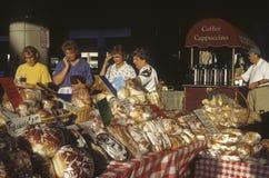 Mercado de los granjeros de la madrugada Fotografía de archivo libre de regalías