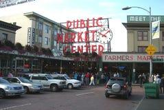 Mercado de lugar de Pike - Seattle imagens de stock