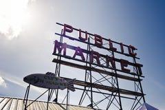 Mercado de lugar de Seattle Pike imágenes de archivo libres de regalías