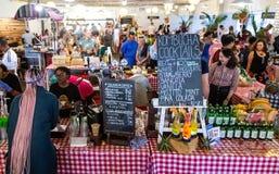 Mercado de Neighbourgoods em Joanesburgo foto de stock royalty free