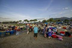 Mercado de peixes da manhã foto de stock