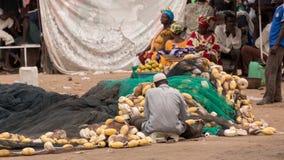 Mercado de pescados de Mbour foto de archivo libre de regalías