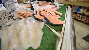 Mercado de pescados diario en Roma metrajes