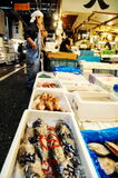 Mercado de pescados editorial de Tokio Foto de archivo libre de regalías