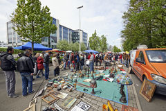 Mercado de pulgas cada primer día de mayo en Bruselas Imágenes de archivo libres de regalías