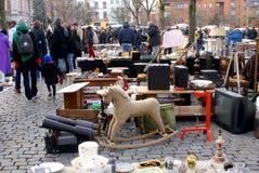 Mercado de pulgas de Bruselas. Fotografía de archivo