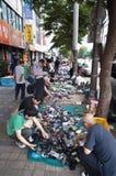 Mercado de pulgas de la calle en Seul Imagen de archivo