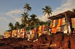 Mercado de pulgas de playa de Anjuna Imagen de archivo libre de regalías