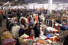 Mercado de pulgas del garage de las antigüedades en New York City Imágenes de archivo libres de regalías