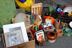 Mercado de pulgas del garaje de las antigüedades Imagen de archivo libre de regalías