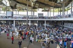 Mercado de pulgas, Els Encants Vells, Barcelona Imágenes de archivo libres de regalías