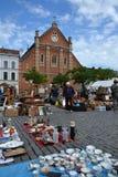 Mercado de pulgas en Place du Jeu de Balle en Bruselas, Bélgica Fotografía de archivo libre de regalías