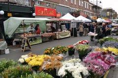 Mercado de rua da capela em Angel London Imagem de Stock Royalty Free